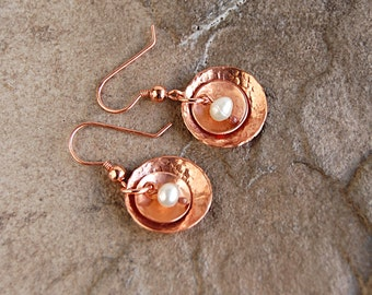 Hammered Copper Pearl Disc Earrings