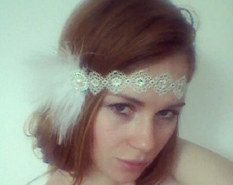 Daisy Buchanan 1920s Feather Headband in White and Silver with Crystals, Roaring 20s 30s Party, Feather Headband, Great Gatsby, 20s Prom