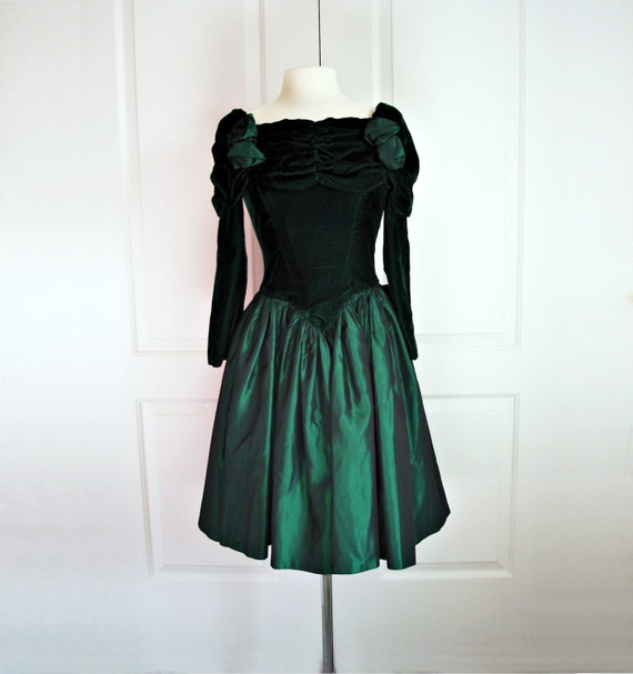 Vintage Wedding Dresses 80s: Vintage 80s Party Dress/ Emerald Green Velvet Prom Dress/