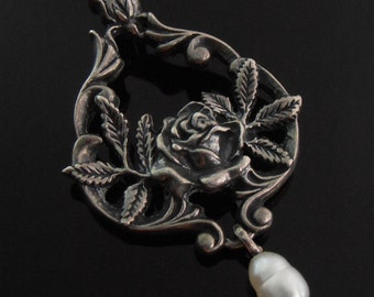 Vintage Sterling Silver and Pearl Pendant