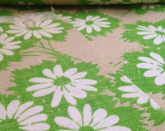 Vintage 70's Green Daisy Fabric