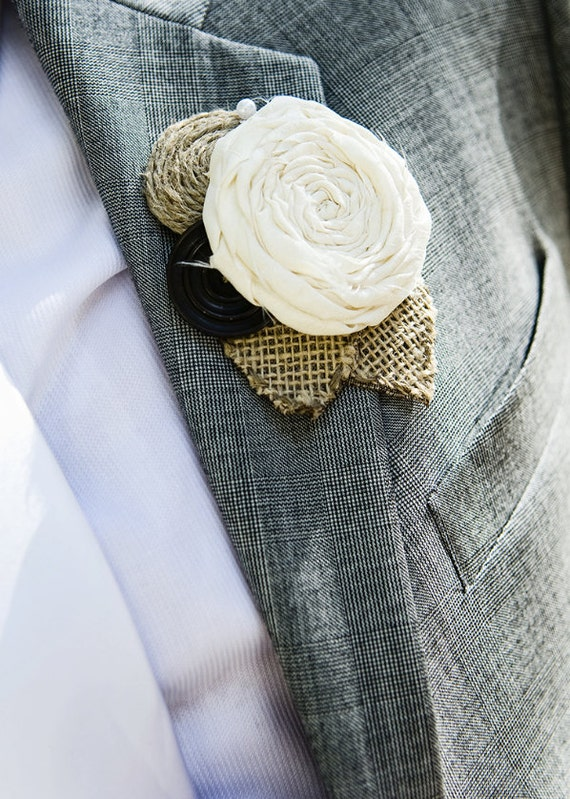 Rustic Wedding Boutonniere- Button-Burlap-Fabric-Natural
