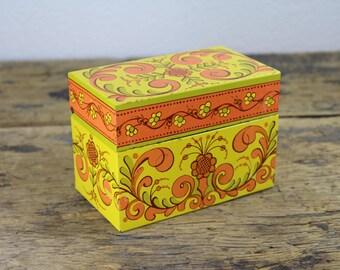 Vintage Avon Recipe Box Orange Yellow Green Colors Throughout