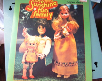 1978 Mattel Sunshine Family Paper Doll Book UNCUT