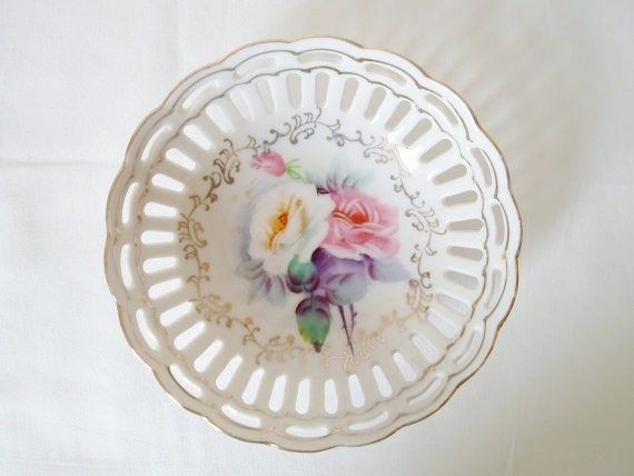 Vintage Hand Painted Japan Porcelain Bowl Scalloped Edge Rose Pattern  Yellow  Pink Gold  Shabby Chic  Cottage Chic