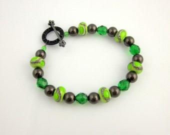 Green Lampwork Bracelet, , Beadwork Bracelet, Lampwork Bracelet, Beaded Jewelry, Women's Jewelry, Gifts for Her