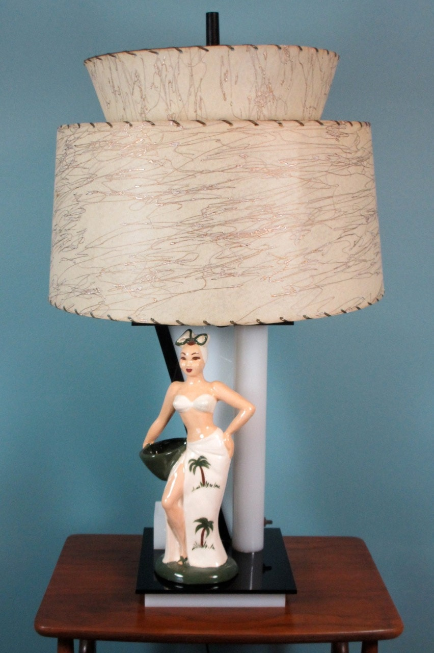 1940 S Moss Lamp With Hedi Schoop Ceramic Figurine