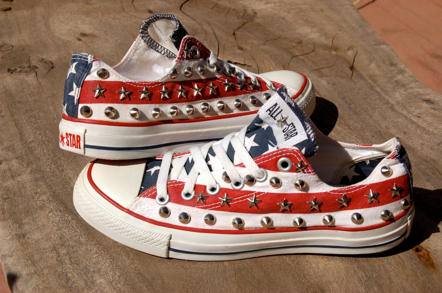 stars and stripes studded converse rare converse. Black Bedroom Furniture Sets. Home Design Ideas