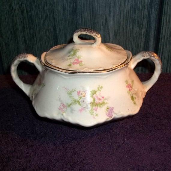 Vintage Homer Laughlin Virginia Rose Sugar Bowl 1940's Pattern with Gold Rim  C45 N8