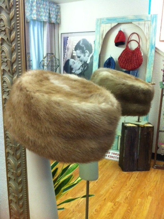 Vintage Winter Mink Hat In Beautiful Condition