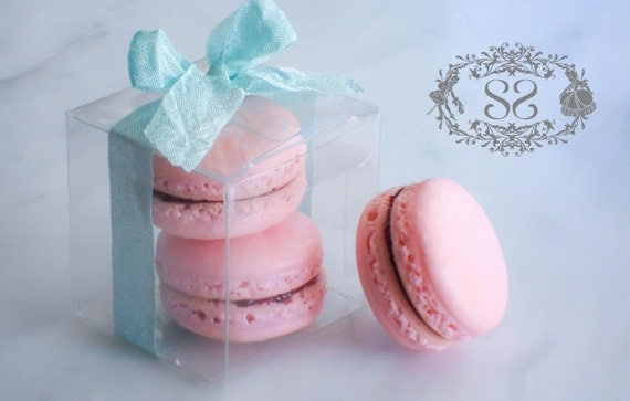 Wedding Gift Ideas For French Couple : Wedding Favors French Macaron Favor Baptism Communion Favor Box and (2 ...
