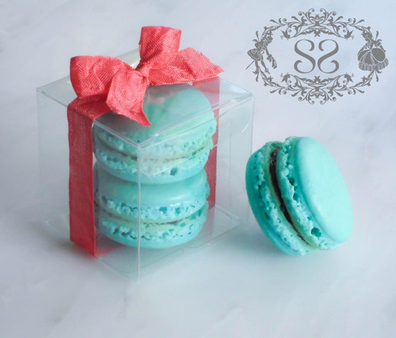 Wedding Favor Boxes For Macarons : Wedding Favors French Macaron Favor Baptism Communion Favor Box and (2 ...