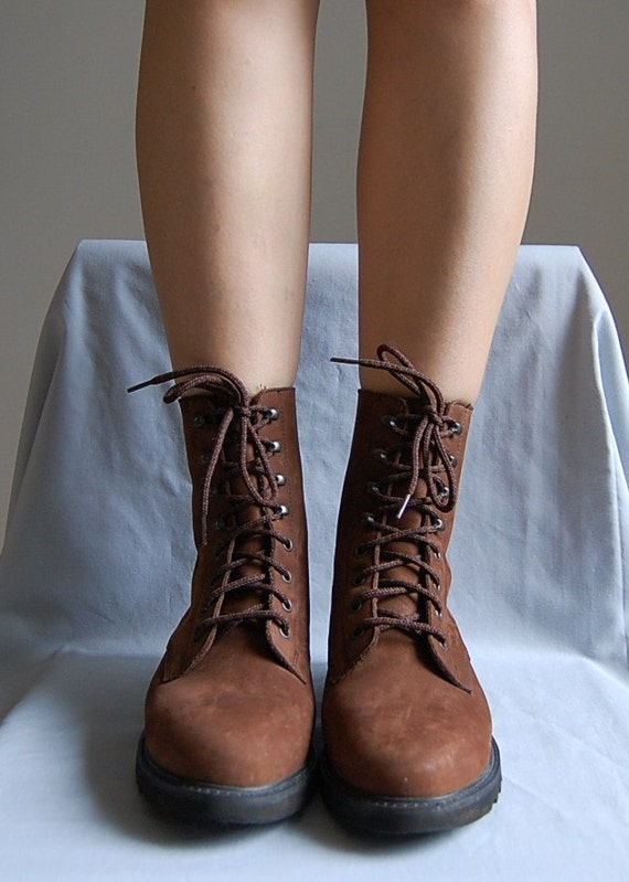 tall vintage boots / suede skinny lace up boots / size 8.5