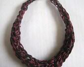 collier  cuir véritable TANGO crocheté à la main   bicolore  fermoir argent