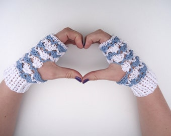 Lacy mittens, fingerless mitts with lace, soft blue and white, made of cotton, suitable for spring.