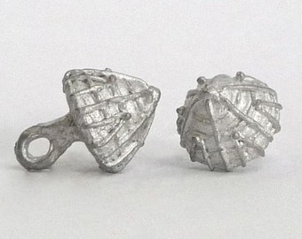 Replica Tudor Pewter Thread Cone Buttons for Renaissance/Elizabethan Reenactment - Small