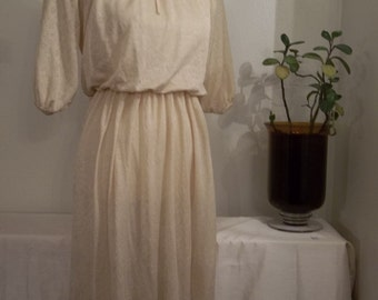 1970s Vintage Cream Floral Shimmery Peasant Dress // Womens Small/Medium