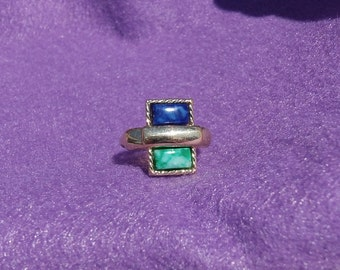 Sarah Coventry Deco Adjustable Ring 5637    Vintage, Blue, Green, Golden