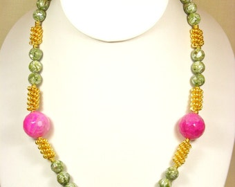 Green Shell and Fuchsia Agate Necklace
