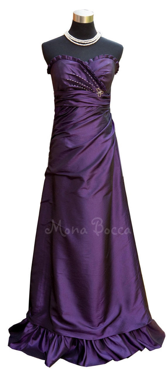 Items similar to Victorian inspired Cadbury bridesmaid dress ...