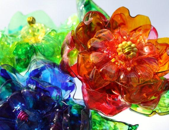 Fleurs de bouteille en plastique recycl recycl art - Fleur bouteille plastique ...