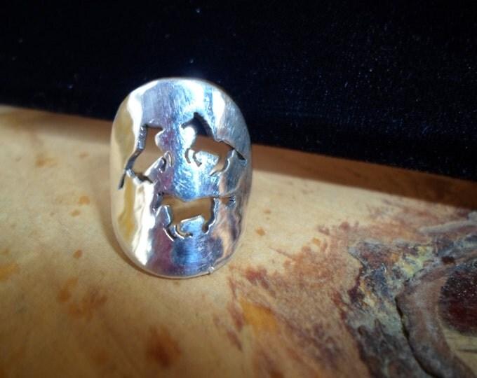 3 horse ring quarter size