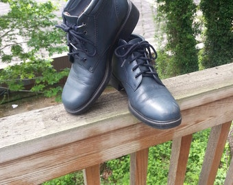 Navy Blue Leather Vintage Lace Up Granny Ankle Boots US Womens Size 7-7.5//Booties//Granny//Combat//Ankle Booties//Curb Stompers//Navy