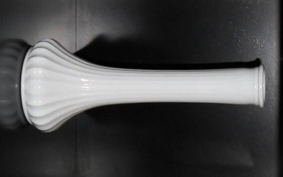 Vintage White Milk Glass Hoosier Glass Ribbed Flower Vase 4096