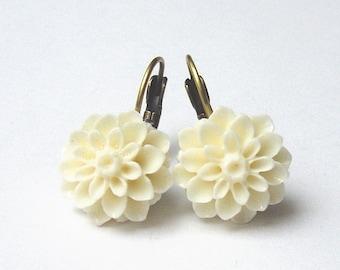 Earrings Mum Flower