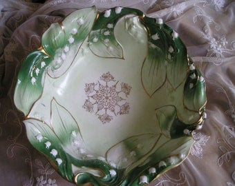 Stunning Antique Hand Painted Majolica Lilly of the Valley Bowl,Dish French Puces/flea market Find