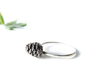 Pine cone ring -Sterling silver pine cone ring -Stacking ring-Botanical jewelry-Woodland jewelry-Botanical rings