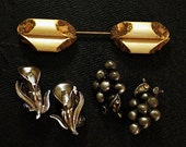 Antique Jewelry Lot Art Deco Stick Pin Brooch Calla Lilly Earrings & Grapes Scatter Pins Pot Metal Celluloid Rhinestone Vintage Jewelry Lot