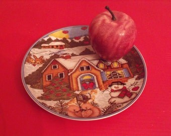 "Sale Christmas Royal Norfolk kids real plate microwave safe/ dishwasher safe.Great Gift 7 3/4"" in diameter.Winter scene.serving.Kids kitchen"