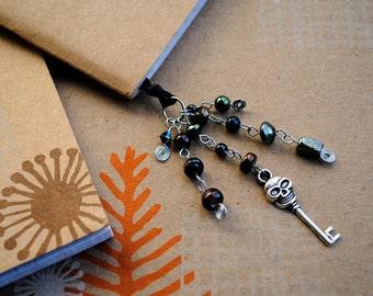 Skeleton Key Bookmark Beaded Ribbon Book Thong Skull Black Goth Halloween Party Favor
