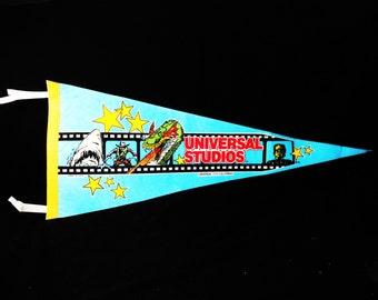 UNIVERSAL STUDIOS Pennant Flag vintage Souvenir Universal City Hollywood California jaws frankenstein dragon cowboy movie studio