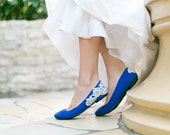 Wedding Flats - Cobalt Blue Bridal Ballet Flats, Wedding Shoes, Blue Flats with Ivory Lace. US Size 8