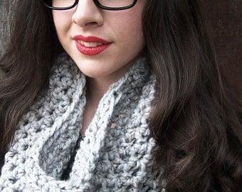 READY TO SHIP light grey crochet cowl chunky scarf grey neckwarmer handmade infinity eternity loop circle women fall scarf gray marble tweed