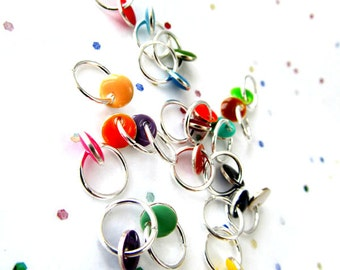 Confetti - Twenty Rainbow Dangle Free Stitch Markers in Vial - Fits 4.25mm (6 US) To 5.5 mm (9 US) - Open Edition