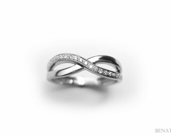 Diamond Infinity Ring, Infinity Ring With Diamonds, White Gold Infinity Knot Ring With Diamonds, Gold Infinity Diamond Ring, Diamond Knot