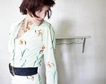 60s 70s Poly Pants Suit., Lounge wear. // Floral Polyester, Matching Pants & Blouse., 2 Piece Set. // Pajamas., Boho Chic Palazzo Pantsuit