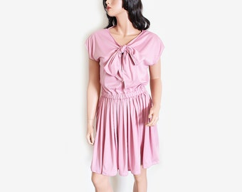 Romantic Dress Dusty Pink with Full Skirt and Short Sleeves with Bow