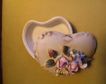 Valentine Heart Capodimonte Box for Gifting or Treasures