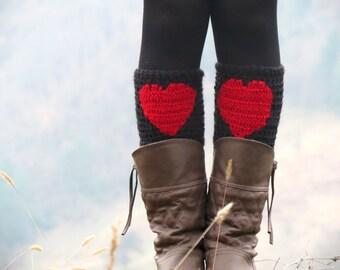 Red Black Short Heart Knit Boot Cuffs. Heart Short Leg Warmers. Crochet heart Boot Cuff Legwear, Boot Cuffs, Boot Socks, Winter Legwear Fall