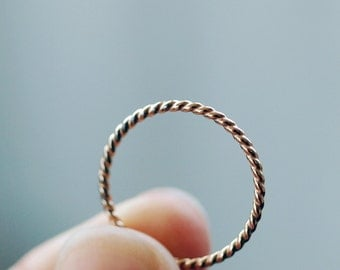 Gold Twist Ring, 14k Gold Filled Ring, Twisted Band, Gold Lasso, Golden Rope Ring, Gold Nautical Ring, Stacking Jewelry, Gold Stackable Ring