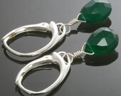 Green Onyx Earrings with Leverback Ear Wires s13e032