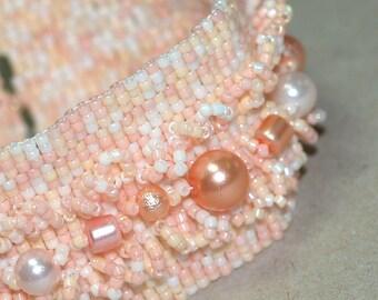 Pearl Garden ... Bracelet . Peyote . Peach . Apricot . Beadwork . Faux Pearls . Handmade . Bridal Accessory . Gift . Feminine
