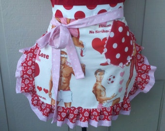 Aprons - Valentines Womens Aprons - Game Of Love Pinup Valentines Aprons - Annies Attic Aprons - ETSY Aprons - Red Aprons - Pink Aprons