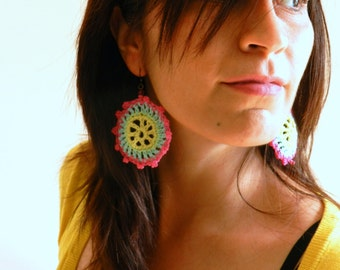 Crocheted earrings pink yellow and light blue- Paraty