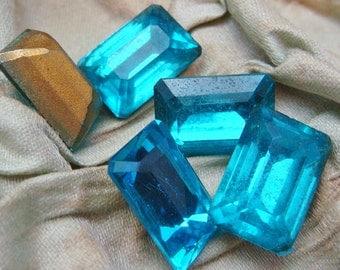 AQUA Octagonal RHINESTONES  Lot of (6) 11mm x 16mm Vintage Turquoise Large Glass Gold Foil Back  jc aqua5 MORE AVAlLABLE