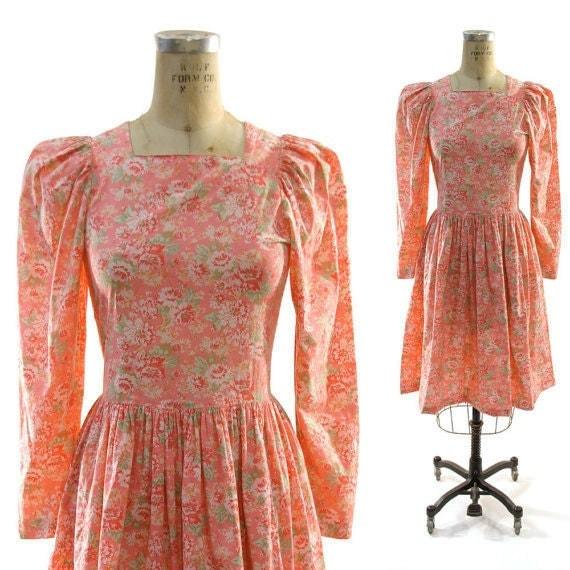 SALE 80s Laura Ashley Floral Cotton Sweetheart Dress